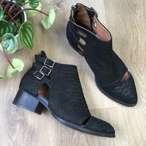 Jeffrey Campbell Black Suede Ankle Booties sz7